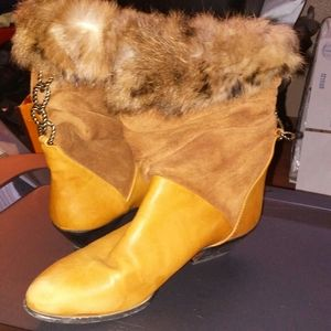 Lavra made in Italy suede, leather and fur boots
